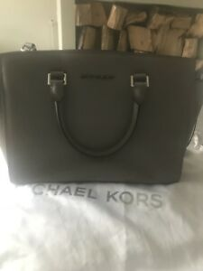 ed212e33f83b Image is loading Michael-Kors-Selma-Grey-Large-Bag