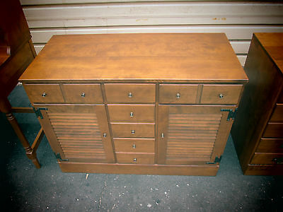 54623   ETHAN ALLEN Maple Dresser Chest