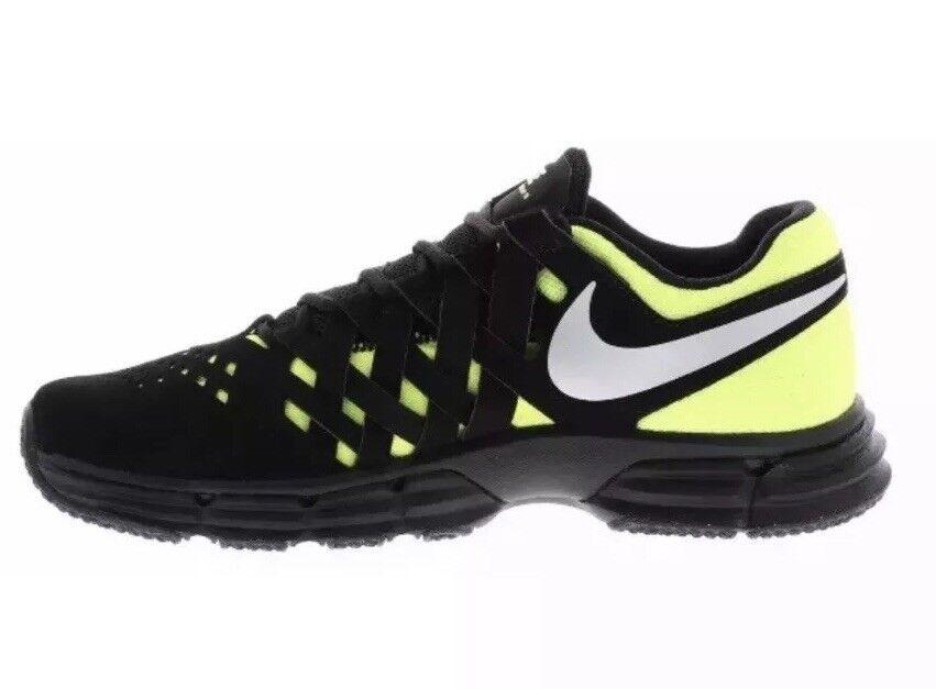 Nike Lunar Fingertrap TR Black Metallic Silver-Volt Size 8 MEN 898066-018
