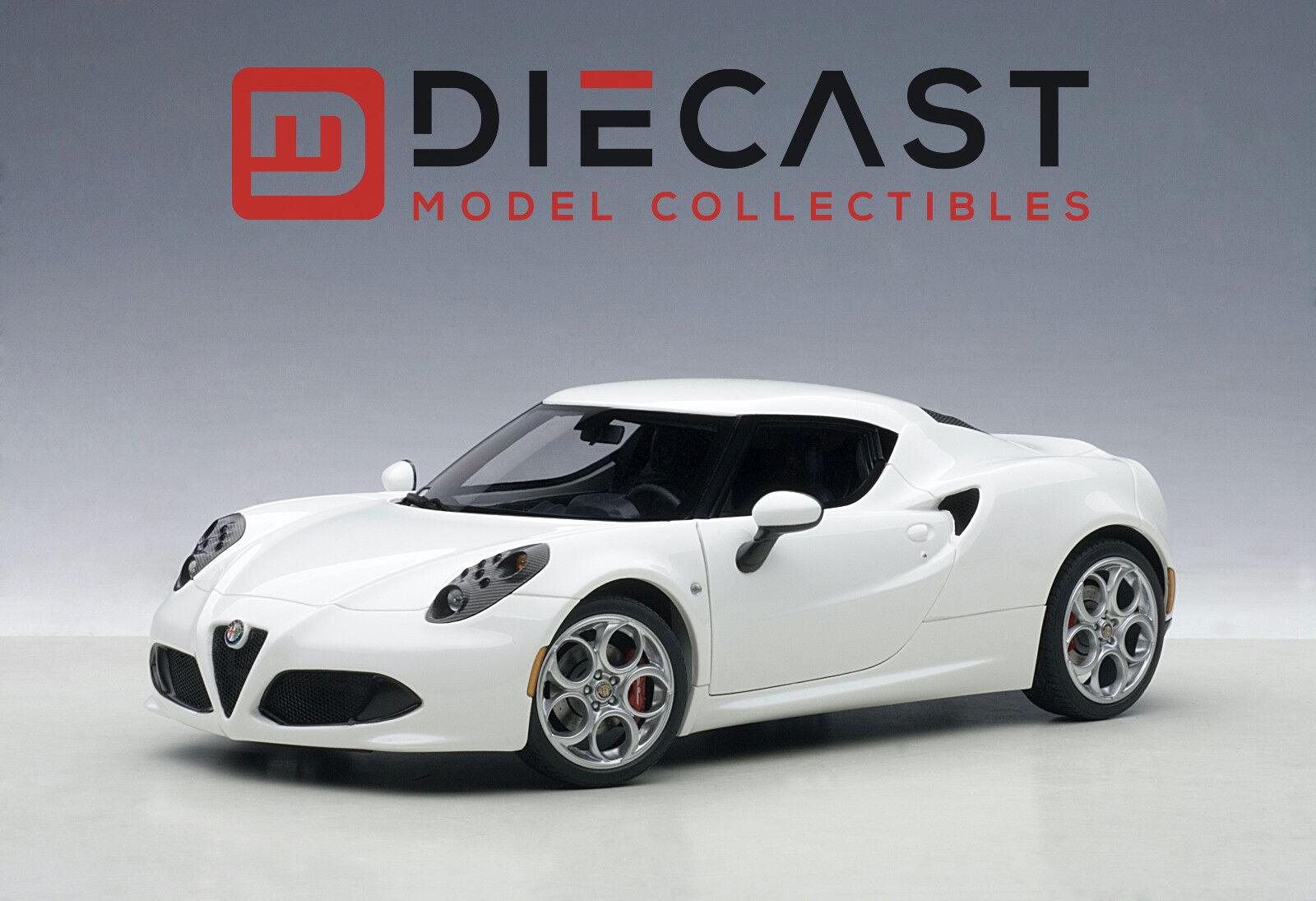 Autoart 70185 Alfa Romeo 4C, blancoo brillante escala 1 18TH