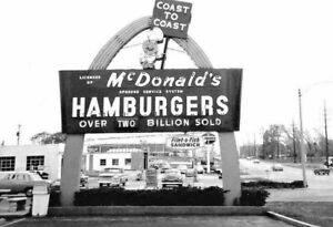 Vintage-McDonalds-Restaurant-Photo-855-Oddleys-Strange-amp-Bizarre