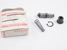 Suzuki VS1400 intruder 1987-2008 nos Brake master cylinder cap p.n 59669-38B10