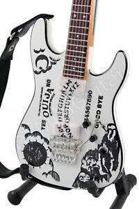 Miniature-Guitar-Kirk-Hammett-Metallica-OUIJA-White-amp-Strap