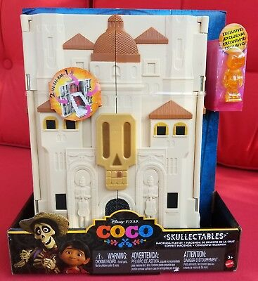 COCO Skullectables Hacienda Playset Disney Mini Figure Exclusive Miguel Toy