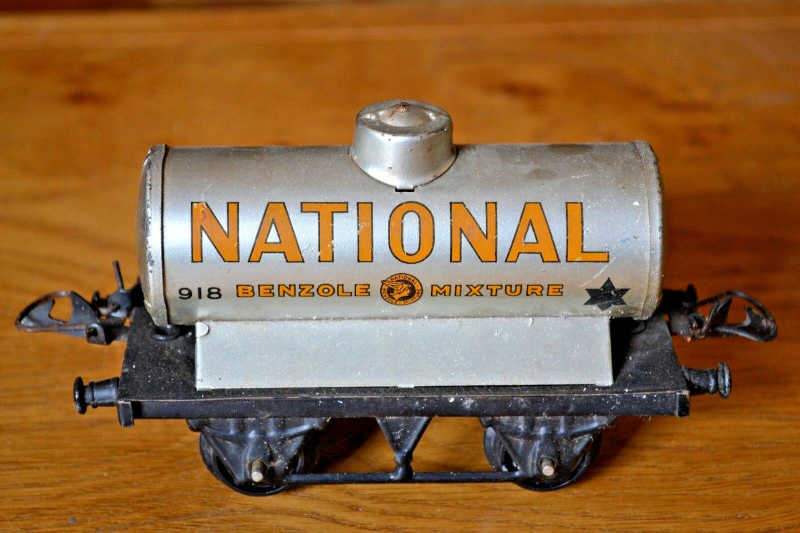 Hornby serie O Gauge;  National Benzole Mixture Tanker