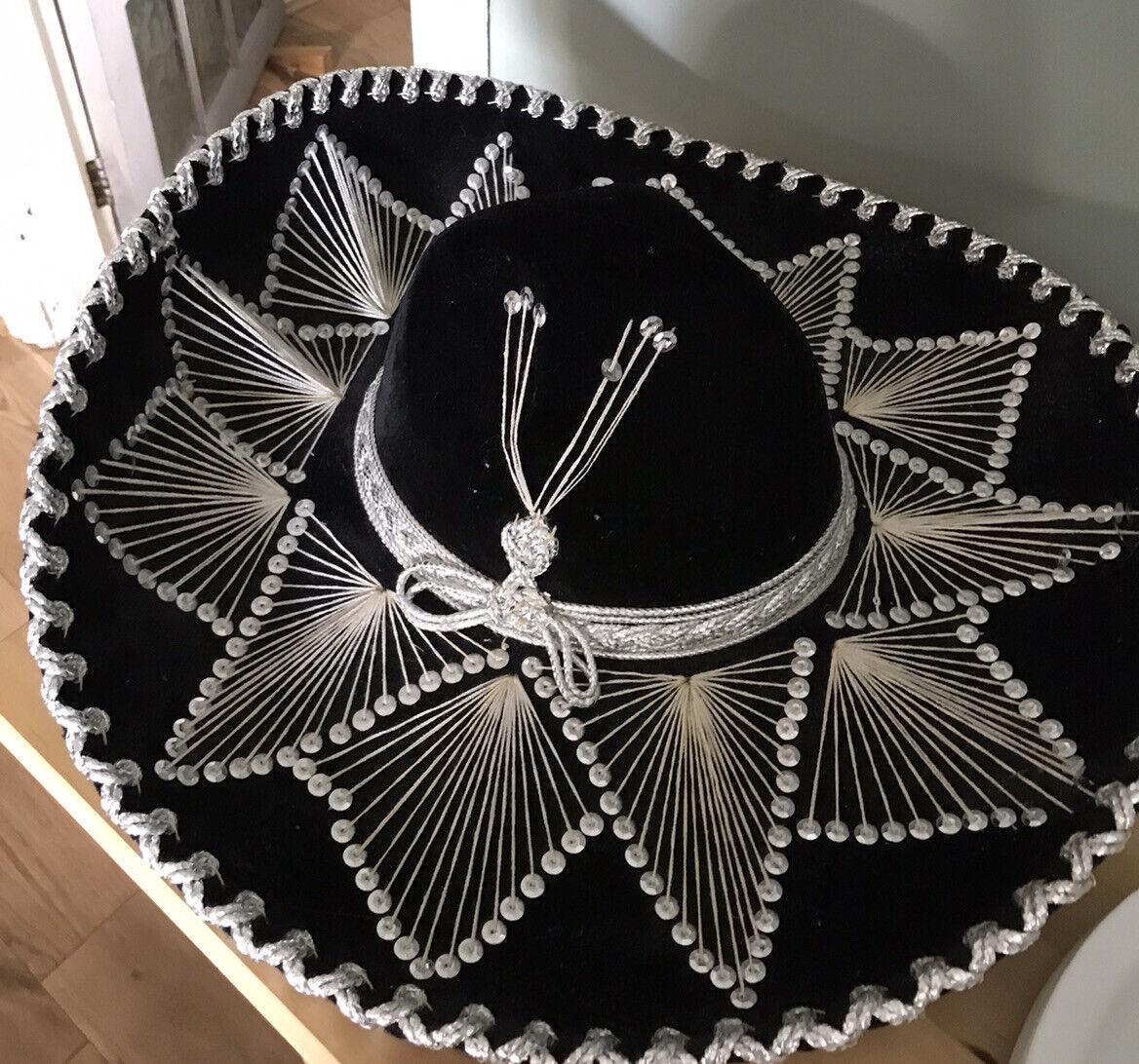 Vintage Salazar Yepez Pigalle Hat
