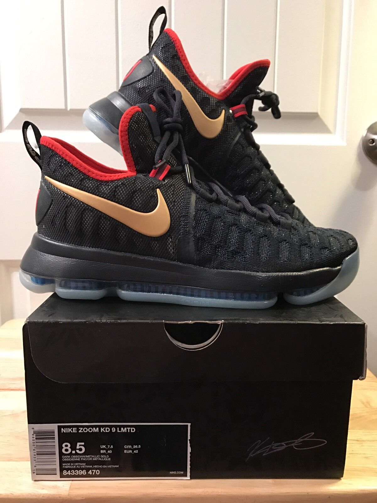 KD 9 Gold Medal. USA. Size 8.5