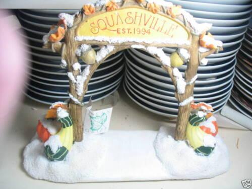 Charming Tails SQUASHVILLE VILLAGE SIGN 1996 W// BX