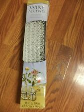 White Chicken Wire Netting for Crafts /& Floristry 45cm x 99cm