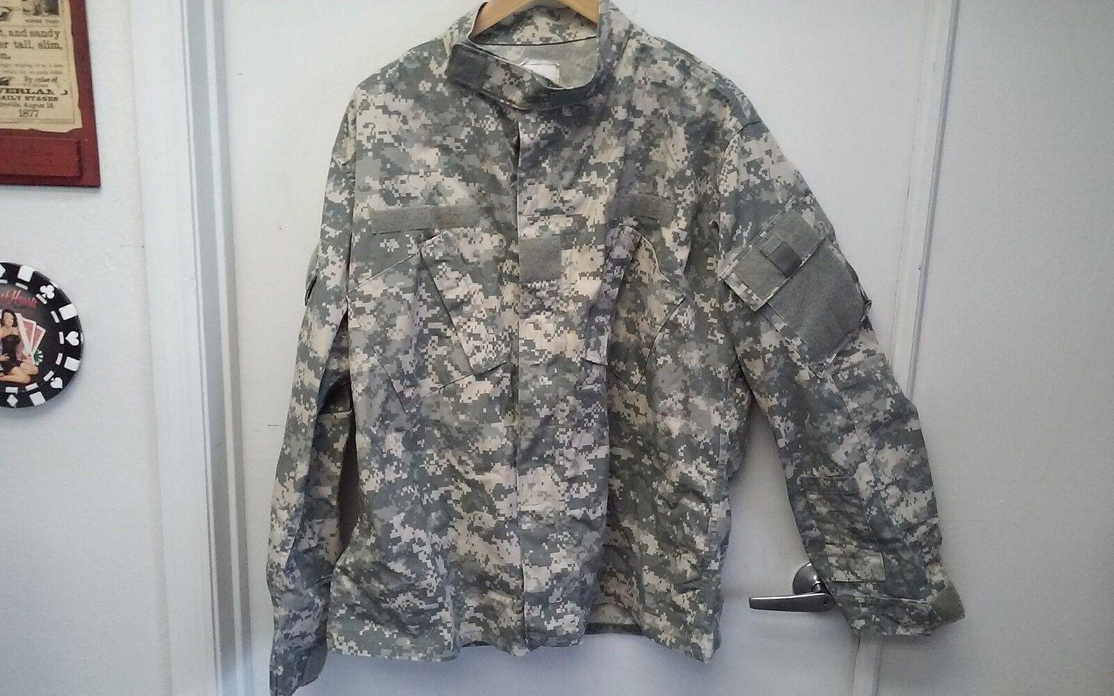 Army combat Suit Camoflauge XL SPM100-05-D-0409