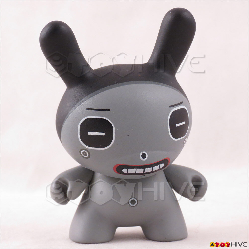 Kidrobot Dunny 2004 Dalek serie 3-pollici cifra in vinile Take out -Square Eyes grigio