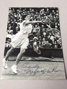 MARGARET-OSBORNE-2012-Wimbledon-Siegerin-1947-signed-Foto-10-x-13-5-RARITAT