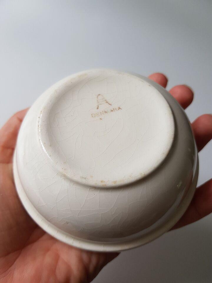 Fajance, Lille skål, Aluminia