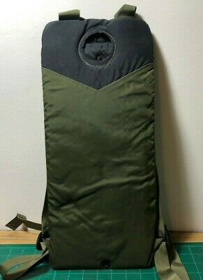 US Military MOLLE CamelBak Storm Hydration Carrier 3L 100 oz  OD Green VGC
