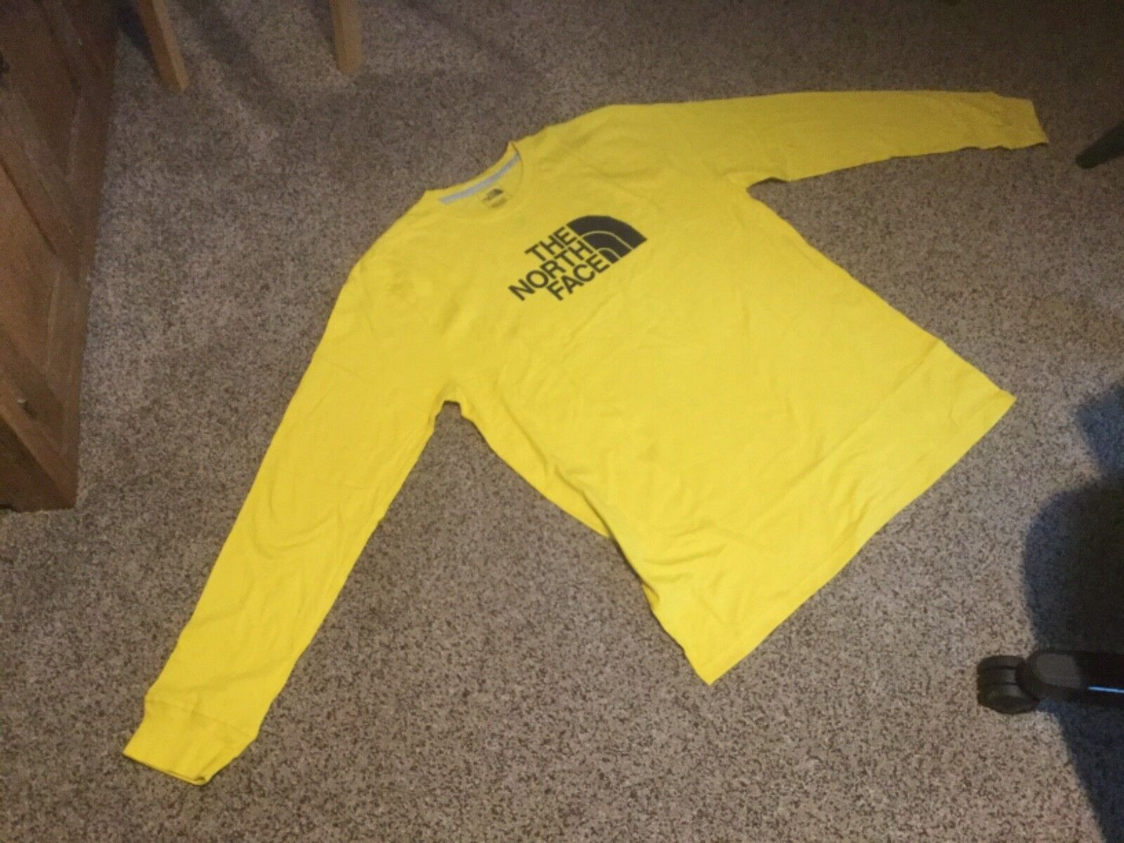New Men's The North Face Long Sleeve Half Dome Tee.  Yellow.  Men's X-Large.