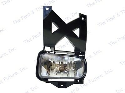 2001 2002 2003 2004 Ford Escape Fog Lamp Light Assembly W