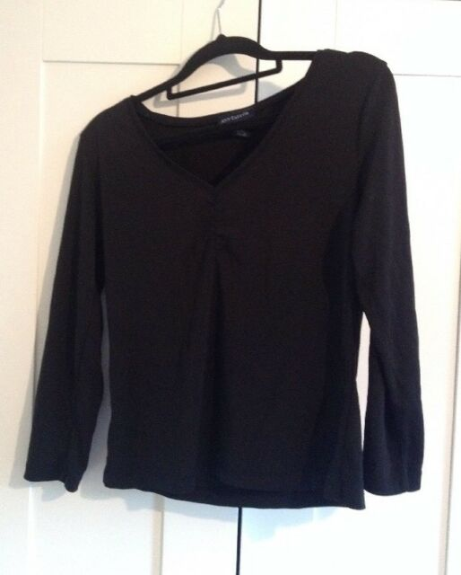 Stunning 'Ann Taylor' V Neck Black Top - As New!! - M