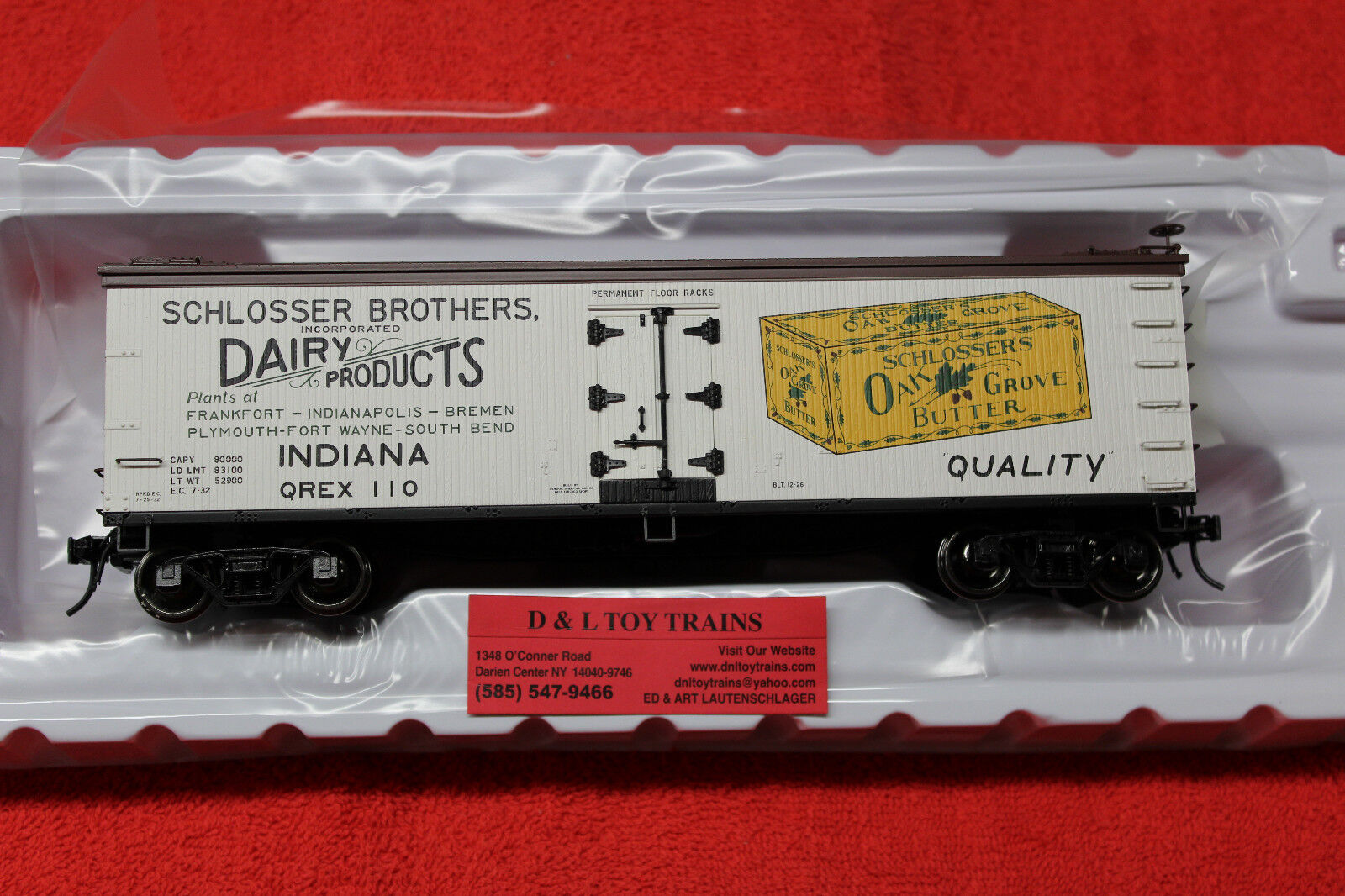 3002551 Schlosser Brothers 40' Wood Side Reefer Car 2 Rail NEW IN BOX