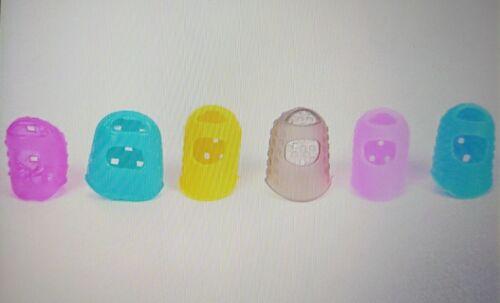 2 Pcs Random Color Guitar Fingertip Protectors