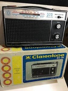 VIntage CLARENTONE  ZX-10 RADIO AM(MW)- LW BAND From The 1960s  WITH BOX