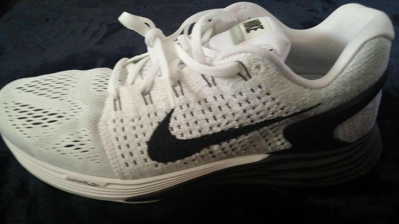 NIKE Lunarglide  Mens Running shoes  White   Black Size  8.5