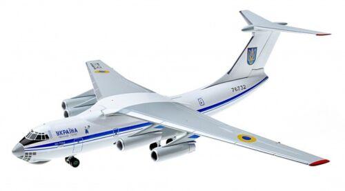 """Ilyushin Il-76MD /""""Ukraine/"""" North Pole scale collectable model 1//200"""