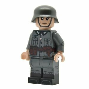 Lego-Custom-WW2-OFFICIER-ALLEMAND-corps-plein-d-039-impression-NEUF