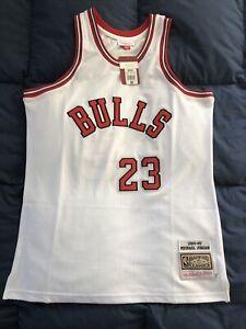 Authentic Michael Jordan 1984-85 Chicago Bulls Mitchell And Ness NBA Jersey