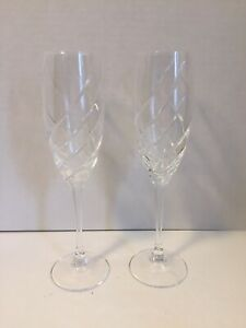 Lenox-Crystal-Champagne-Flutes-9-3-8-Tall-X-1-3-4-Windswept-Clear-Set-of-2