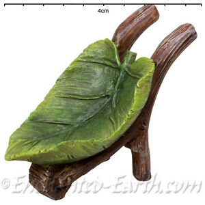 New-Vivid-Arts-Fairy-Garden-Miniature-Leaf-Wheel-Barrow-amp-Garden-Bucket-Set