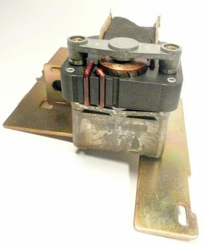 works BASKET  MOTOR CTI-2 RI-4 ROWE JUKEBOXES RI-3 R-84 to R-94 MECH PART