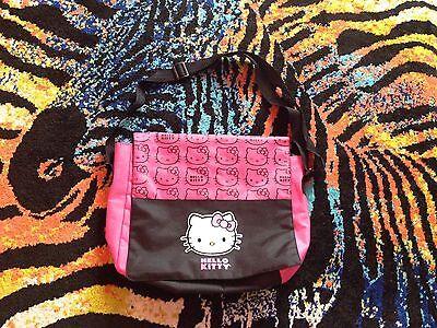 NEU Hello Kitty Handtasche Umhängetasche Schultertasche pink Damen Mädche Tasche