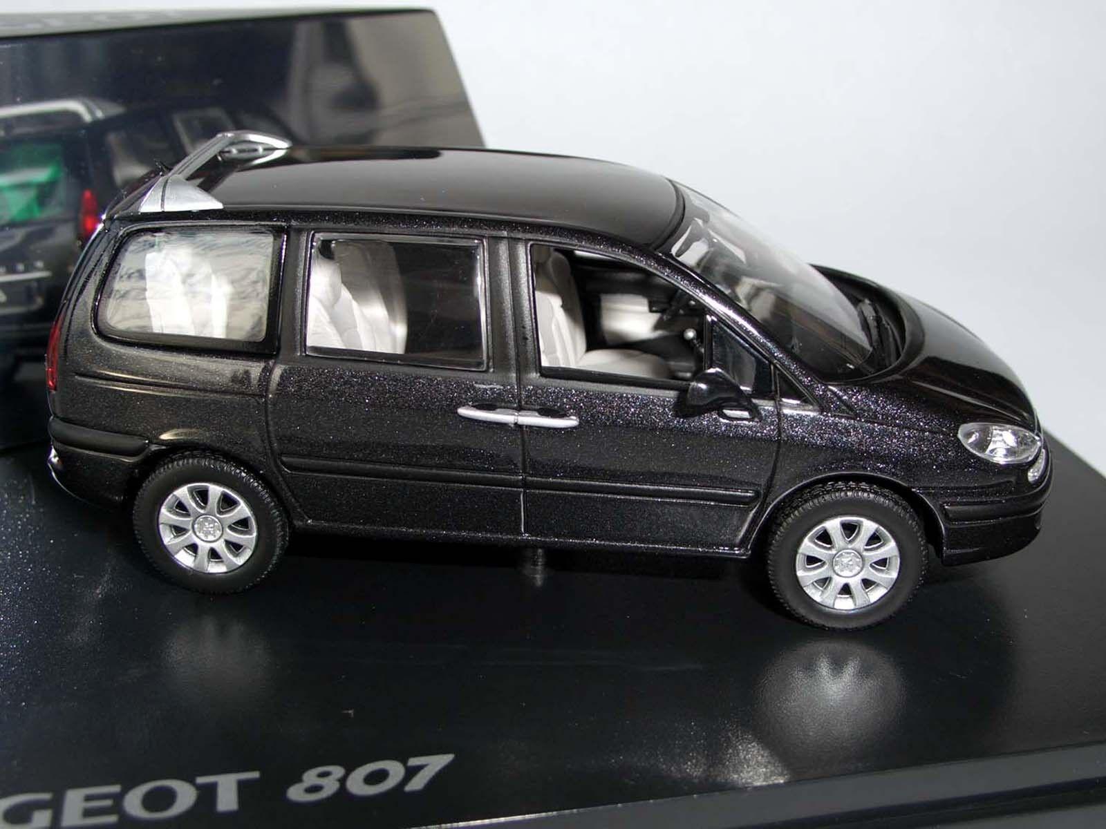 Peugeot 807 noir métallisé, NOREV, 1 43