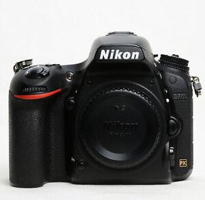 Nikon D750 DSLR + 2 x EN-EL15 Battery + Battery Grip MB-D16 - Low Shutter Count