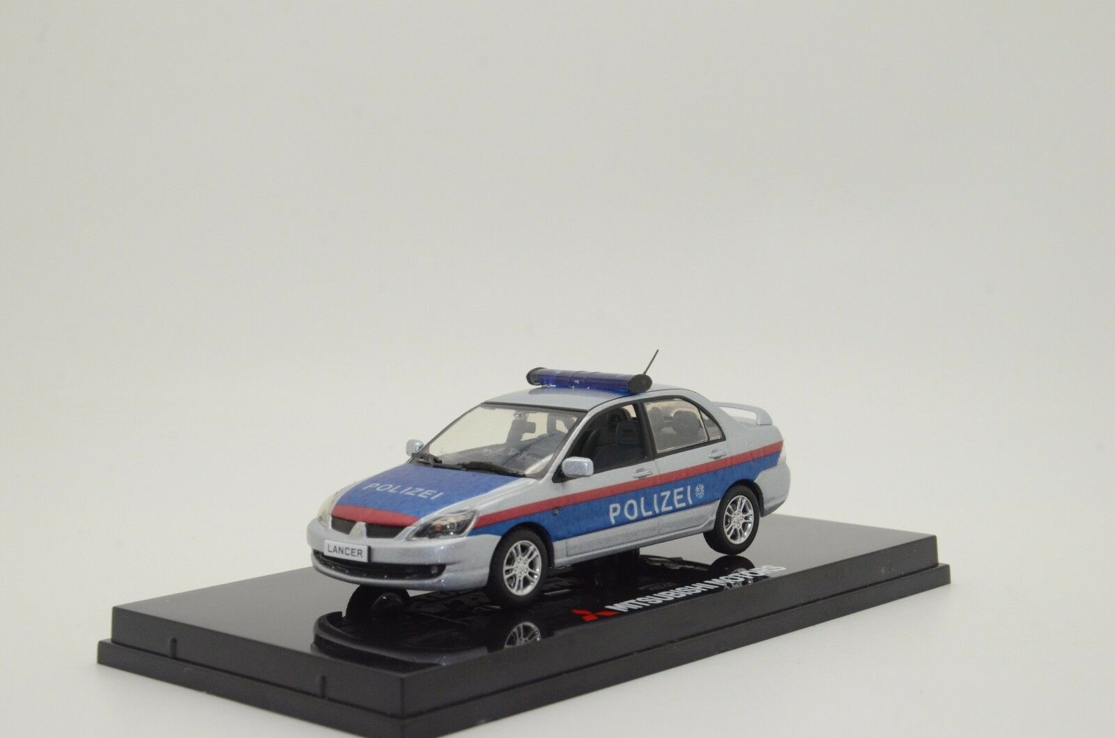 RARE    Mitsubishi Lancer Austria Polizei Police Custom Made 1 43