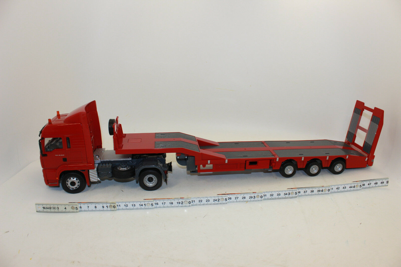 Siku Control Rc 6721 Man with Low Loader 1 3 2 New Boxed Complete Set
