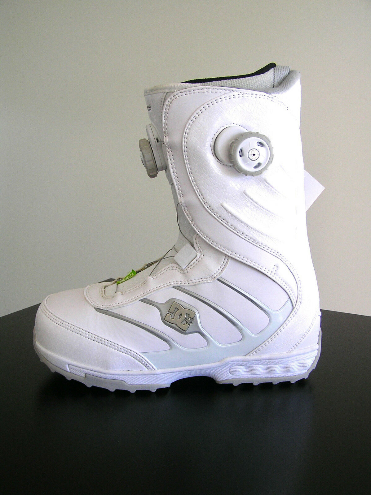 Dc Snowboard Boots Mora Womens Size 9.5 - Recco New In Box (21) Rare