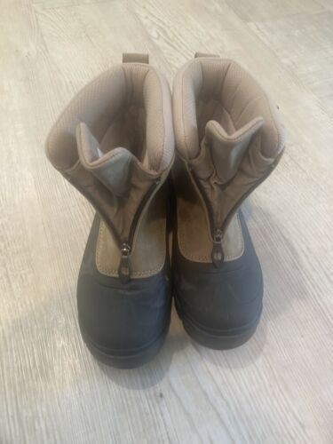 columbia shoes Size 9