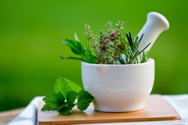 Helichrysum Essential Oil 100 Pure Oils 1/2 Oz 15 ML Health Detoxifier Natural