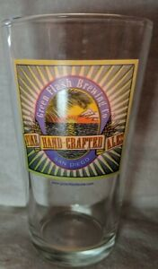 Green-Flash-Brewing-Co-Fine-Handcrafted-ales-Beer-Pint-Glass-San-Diego-6-inches