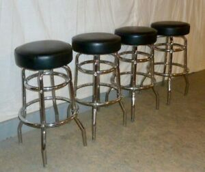 4-CHROME-SWIVEL-STOOLS-WITH-LEATHER-TOPS