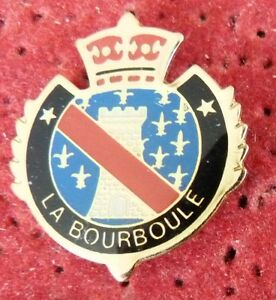 PIN-039-S-VILLE-VILLAGE-BLASON-ECUSSON-COURONNE-ARMOIRIES-LA-BOURBOULE
