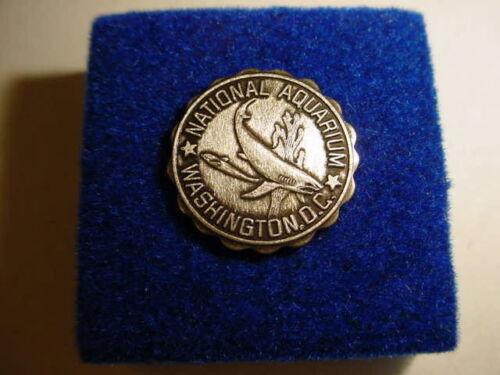 National Aquarium  Vintage Lapel Pin
