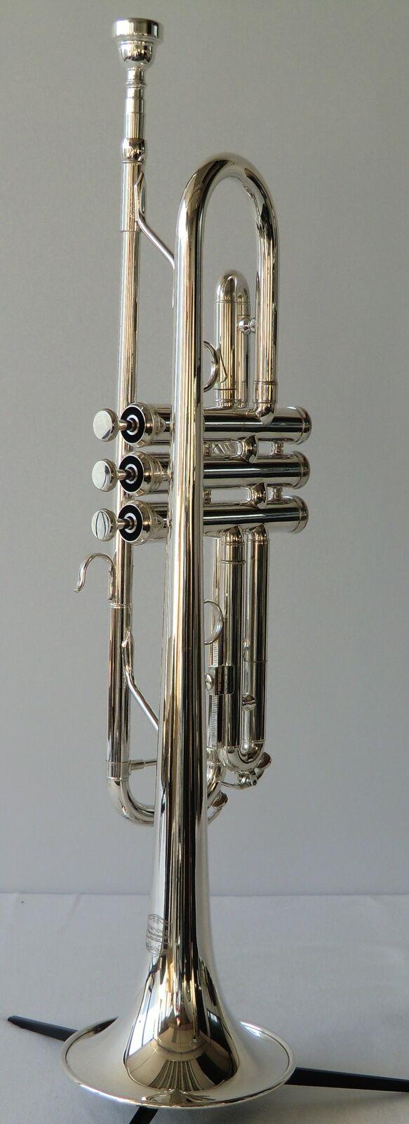 Hochqualitative SYMPHONIE Trompete in B, MONEL Ventile, echt versilbert + Koffer
