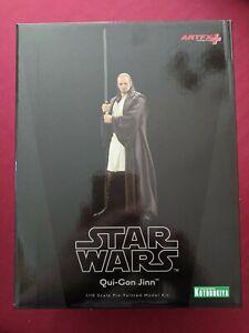 Star Wars: The Phantom Menace: QUI-GON JINN (Kotobukiya ArtFX+ Statue)