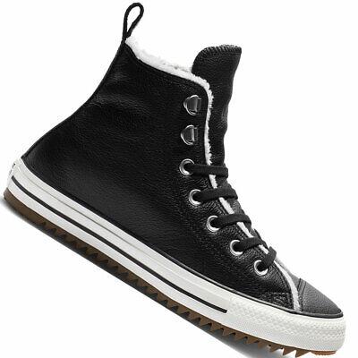 Knöchelhohe, gefütterte Sneaker