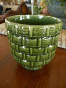 Vintage Green Basket weave Haeger ? Vase Flower Pot USA Kitsch Pottery apx 4""