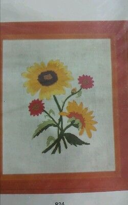 Highlands Sunflower Bouquet Stamped Crewel Embroidery Kit Stitchery Pictures NEW