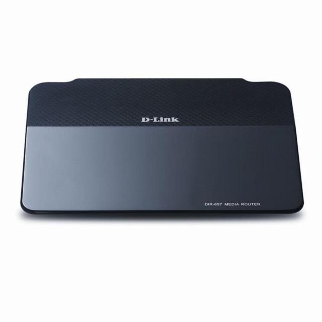D-Link DIR-657 300 Mbps 4-Port Gigabit Wireless N Router