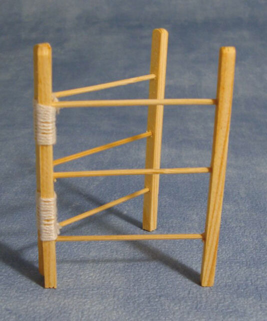 Streets Ahead Dolls House Wooden Clothes Horse